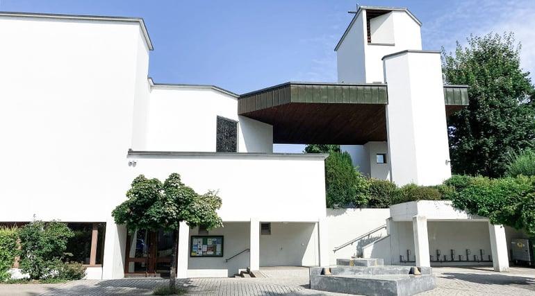 BSW-Sicherheitstechnik-Videoueberwachung-Kirche-Hombrechtikon-Front